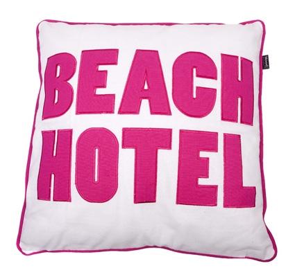 KUSSEN BEACH HOTEL 50X50CM FUCHSIA
