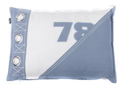 KUSSEN 78 40X60CM FADED BLUE